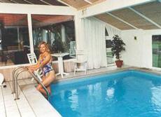 Sommerhus med indendørs pool på sjælland